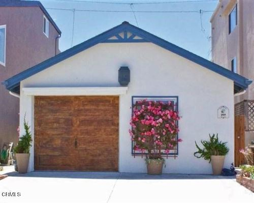 Photo of 268 Cahuenga Drive, Oxnard, CA 93035 (MLS # V1-5116)