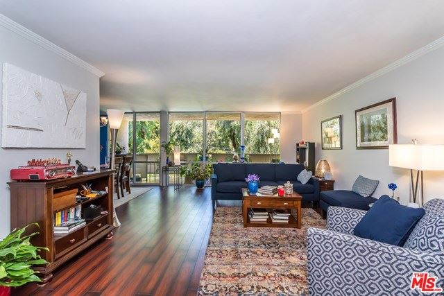 Photo of 850 N KINGS Road #310, West Hollywood, CA 90069 (MLS # 20581116)