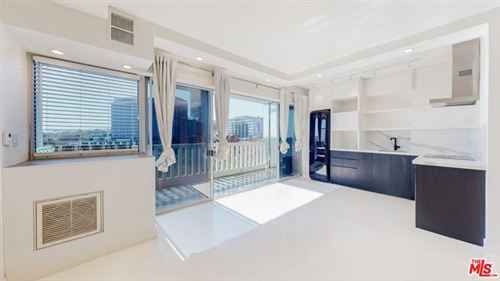 Photo of 999 N Doheny Drive #811, West Hollywood, CA 90069 (MLS # 21748118)