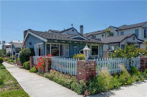 Photo of 3701 Seaview Avenue, Corona del Mar, CA 92625 (MLS # OC20087118)