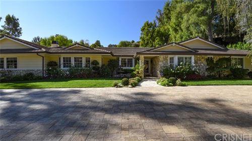 Photo of 5395 Jed Smith Road, Hidden Hills, CA 91302 (MLS # SR20261119)