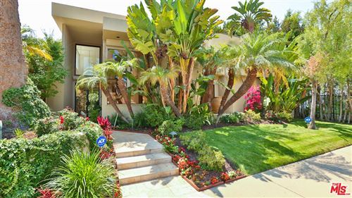 Photo of 605 N Hillcrest Road, Beverly Hills, CA 90210 (MLS # 21761120)