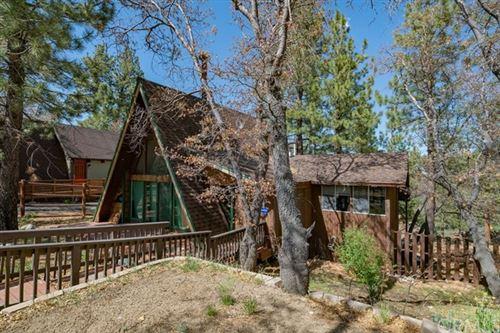 Photo of 43628 Ridge Crest Drive, Big Bear, CA 92315 (MLS # PW21104120)