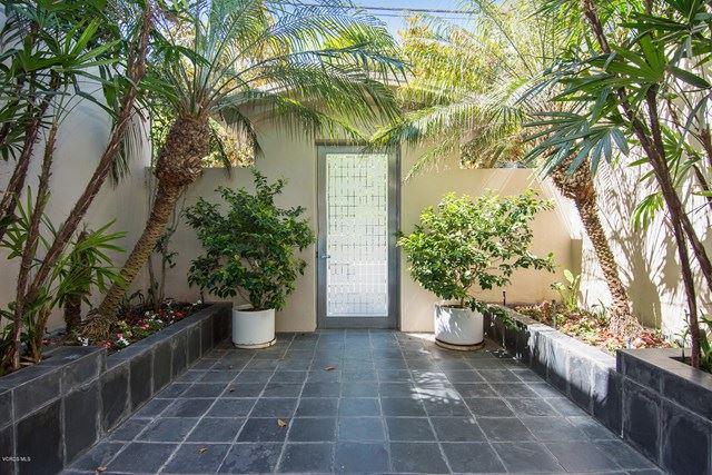 Photo of 27012 Malibu Cove Colony Drive, Malibu, CA 90265 (MLS # 220007121)