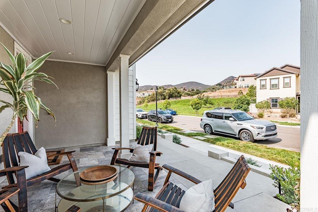 Photo of 3017 Starry Night Drive, Escondido, CA 92029 (MLS # NDP2111121)