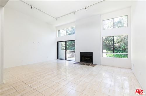Photo of 2018 GRIFFITH PARK #308, Los Angeles, CA 90039 (MLS # 20573122)