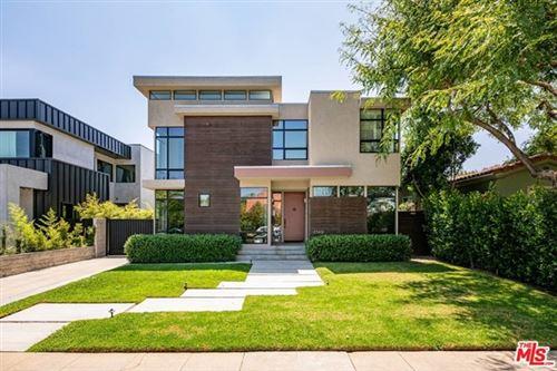 Photo of 2549 Aiken Avenue, Los Angeles, CA 90064 (MLS # 20616122)