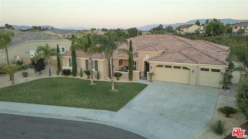 Photo of 32320 SAINT MICHEL Lane, Temecula, CA 92591 (MLS # 20667122)