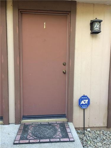 Photo of 5740 Etiwanda Avenue #1, Tarzana, CA 91356 (MLS # SR21155122)