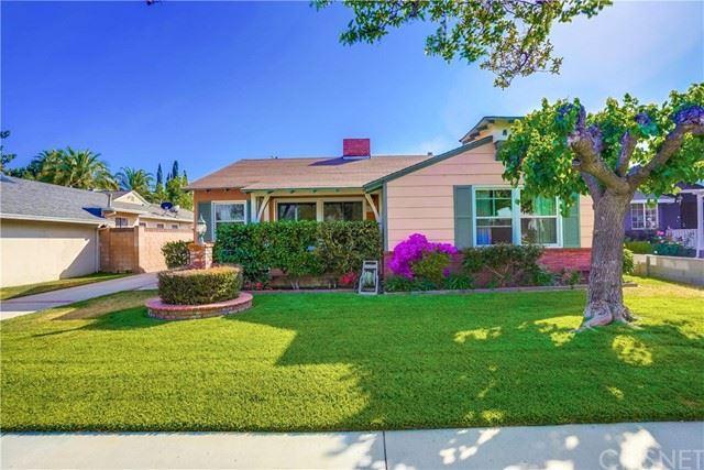 Photo of 5757 Bucknell Avenue, Valley Village, CA 91607 (MLS # SR21132122)