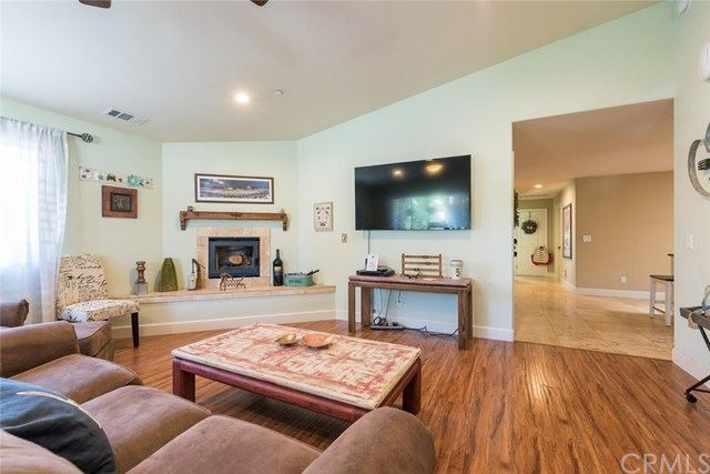 Photo of 22625 J Street, Santa Margarita, CA 93453 (MLS # NS19219123)