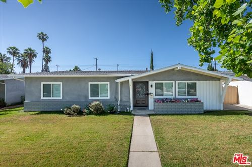 Photo of 22844 CANTLAY Street, West Hills, CA 91307 (MLS # 20583124)