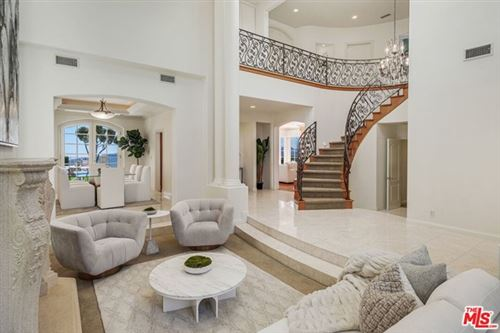 Photo of 1568 Chastain, Pacific Palisades, CA 90272 (MLS # 21691124)
