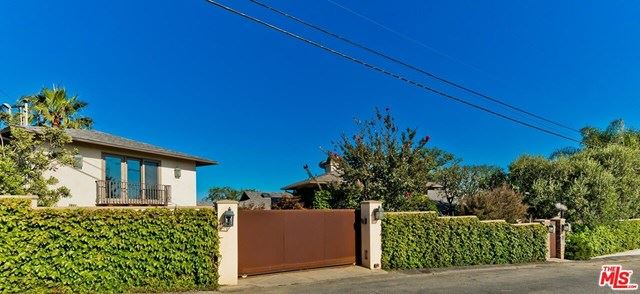 Photo of 2366 Astral Drive, Los Angeles, CA 90046 (MLS # 20602124)