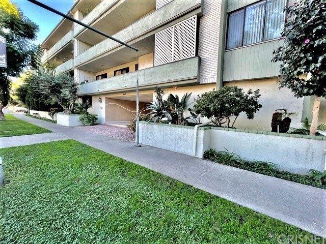 Photo of 8568 Burton Way #307, Los Angeles, CA 90048 (MLS # SR20242124)