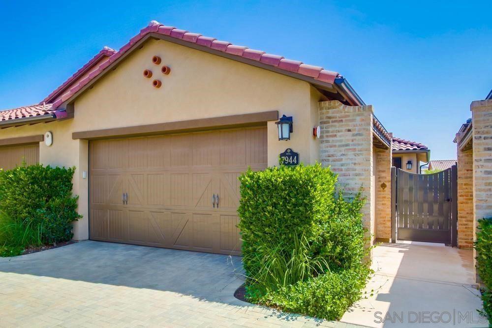 7944 Lusardi Creek Ln, San Diego, CA 92127 - MLS#: 210026125