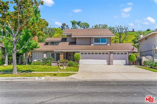 Photo of 1727 N Mountain View Place, Fullerton, CA 92831 (MLS # 20596126)