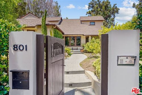 Photo of 801 N Doheny Drive, Beverly Hills, CA 90210 (MLS # 21742126)