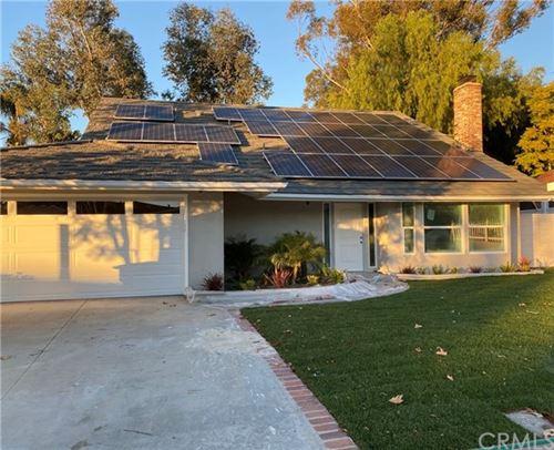 Photo of 26471 Cortina Drive, Mission Viejo, CA 92691 (MLS # OC21040126)