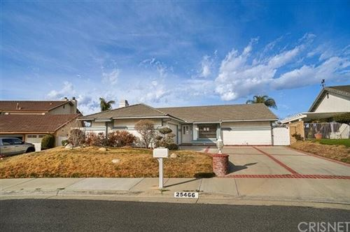 Photo of 25466 Cariz Drive, Valencia, CA 91355 (MLS # SR21038127)