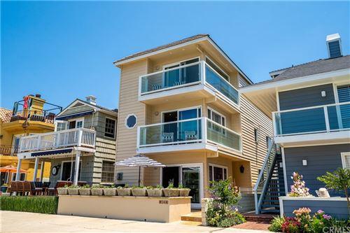 Photo of 26 The Colonnade, Long Beach, CA 90803 (MLS # OC21152129)
