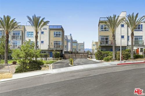 Photo of 2753 Waverly Drive #706, Los Angeles, CA 90039 (MLS # 20634130)