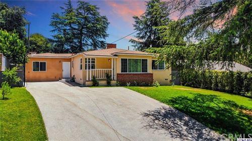 Photo of 4812 Castle Road, La Canada Flintridge, CA 91011 (MLS # 320002130)