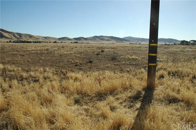 Photo of 0 Cunningham Road, Santa Margarita, CA 93453 (MLS # NS18033130)