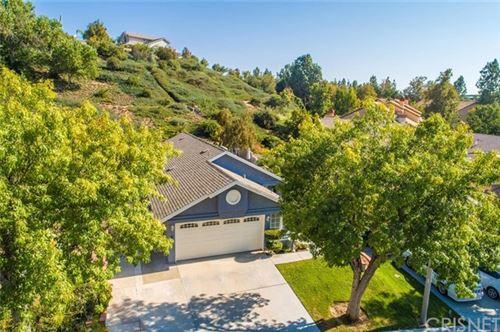 Photo of 28244 Evergreen Lane, Saugus, CA 91390 (MLS # SR20219131)