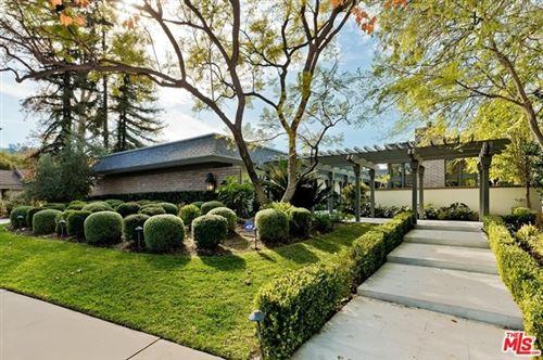 Photo of 4811 Encino Terrace, Encino, CA 91316 (MLS # 21693132)