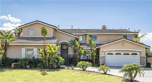 Photo of 1610 Via Roma Circle, Corona, CA 92881 (MLS # CV21089132)