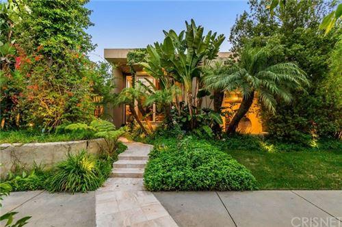 Photo of 605 N Hillcrest Road, Beverly Hills, CA 90210 (MLS # SR20130132)