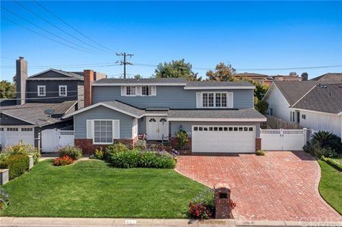 Photo of 801 Cliff Drive, Newport Beach, CA 92663 (MLS # NP21129133)