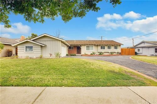 Photo of 1302 E Bennett Avenue, Glendora, CA 91741 (MLS # PW21014133)