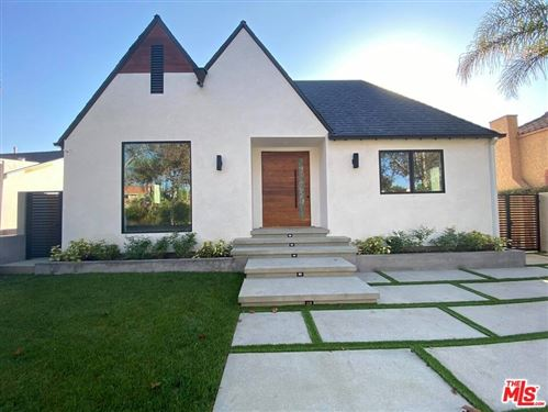 Photo of 334 S Sycamore Avenue, Los Angeles, CA 90036 (MLS # 20647134)