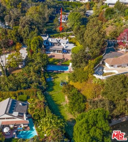 Photo of 10981 Bellagio Road, Los Angeles, CA 90077 (MLS # 21683134)