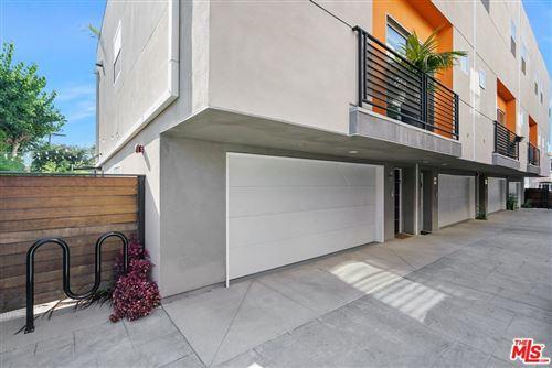 Photo of 6066 Pickford Street, Los Angeles, CA 90035 (MLS # 21767134)
