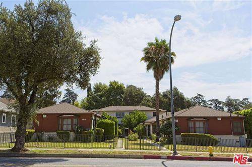 Photo of 2010 N Los Robles Avenue, Pasadena, CA 91104 (MLS # 21768134)
