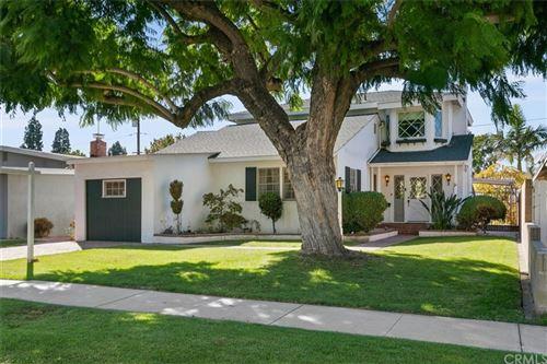 Photo of 3431 Snowden Avenue, Long Beach, CA 90808 (MLS # OC21228135)