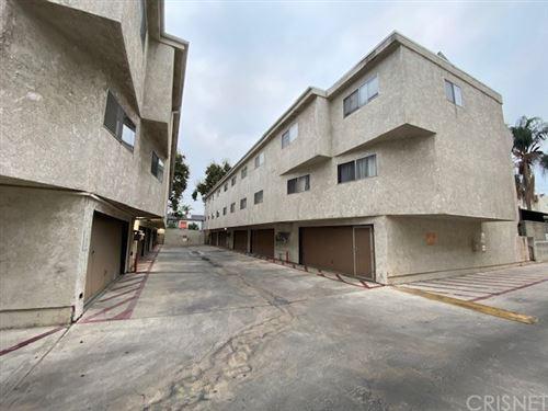 Photo of 7439 Woodman Avenue #28, Van Nuys, CA 91405 (MLS # SR21193135)