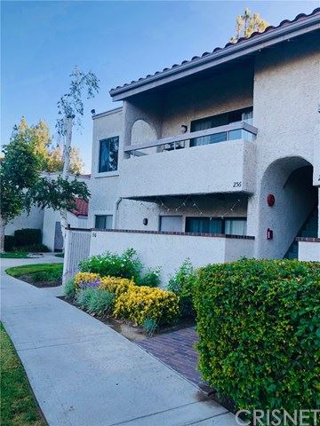 Photo for 25023 Peachland Avenue #256, Newhall, CA 91321 (MLS # SR19193135)