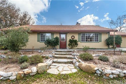 Photo of 1735 Geneseo Road, Paso Robles, CA 93446 (MLS # NS20015136)