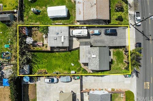 Photo of 2018 Pomona Avenue, Costa Mesa, CA 92627 (MLS # OC21078136)