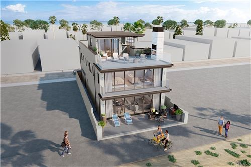 Photo of 114 E Oceanfront, Newport Beach, CA 92661 (MLS # OC21230136)