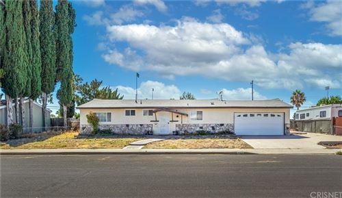 Photo of 1167 Hudspeth Street, Simi Valley, CA 93065 (MLS # SR21167136)