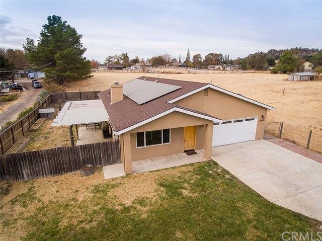 Photo of 21990 J Street, Santa Margarita, CA 93453 (MLS # SP19267137)