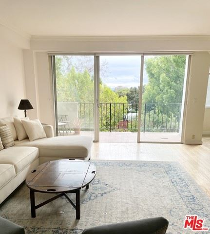 Photo of 818 N Doheny Drive #306, West Hollywood, CA 90069 (MLS # 21694138)