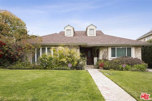 Photo of 9425 Cresta Drive, Los Angeles, CA 90035 (MLS # 21706138)