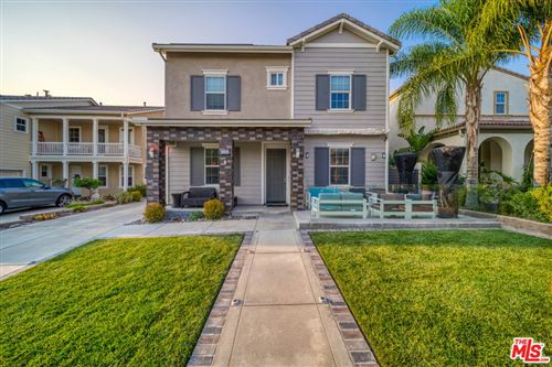Photo of 15929 Thompson Ranch Drive, Canyon Country, CA 91387 (MLS # 21773138)
