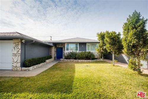 Photo of 9327 S 4th Avenue, Inglewood, CA 90305 (MLS # 21784138)
